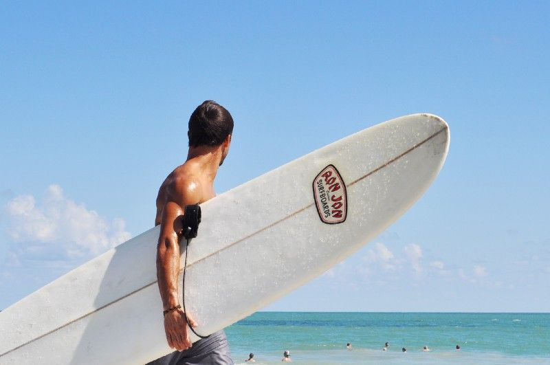 Erotic gay fiction about a surfer boy