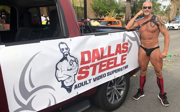 ManCrush: Dallas Steele